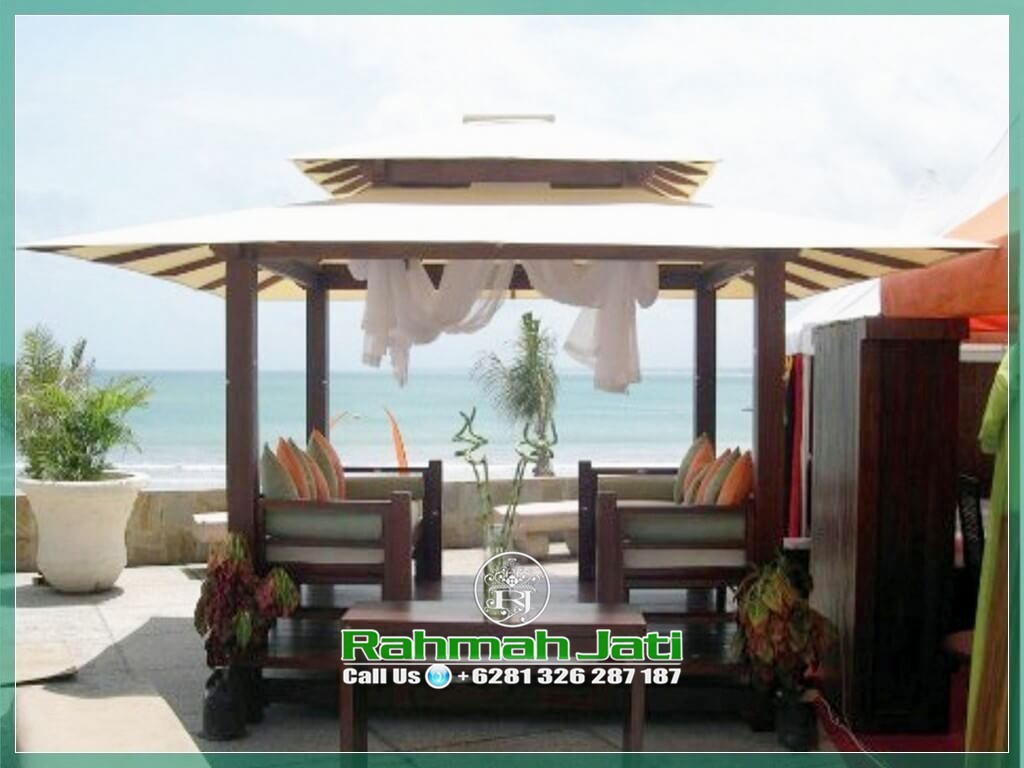 Gazebo Pantai